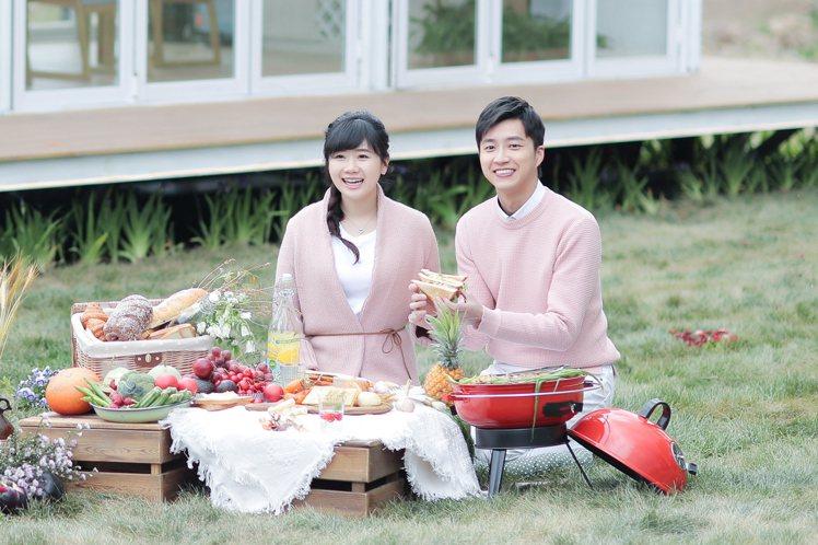 福原愛(左)和江宏傑首度錄真人實境秀節目。圖/華研國際提供 UCD匯入