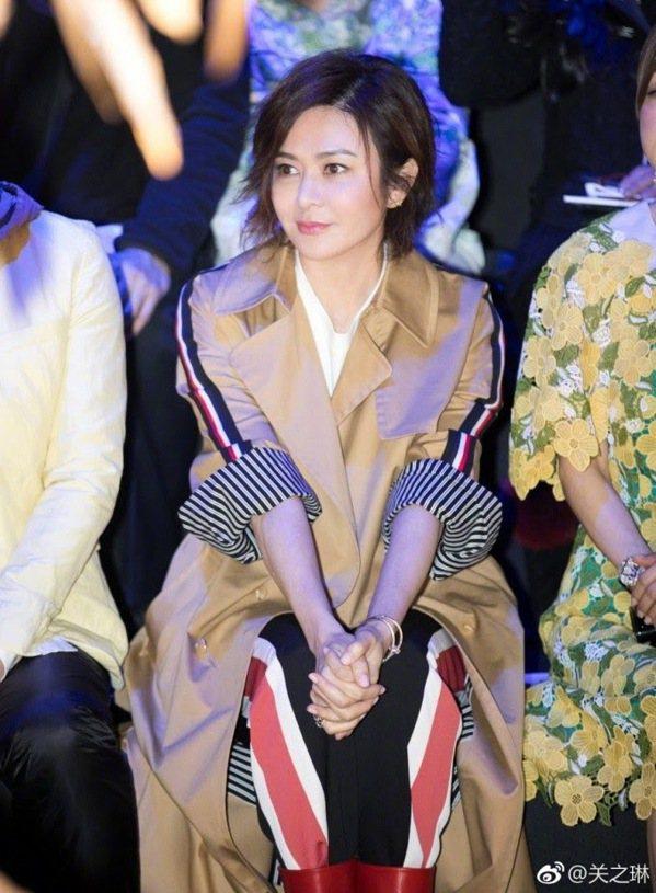有「香江第一美人」封號的關之琳,年近60歲狀態依舊保持得很好。 圖/微博