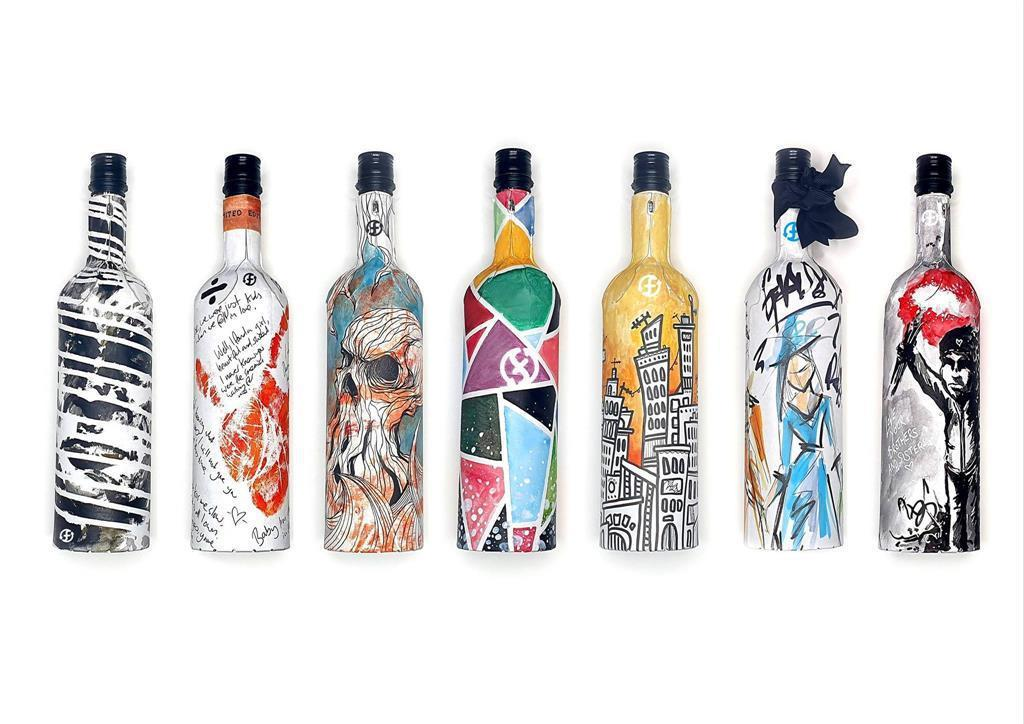 除了更親善地球、利於搬運之外,FrugalPac整支瓶身可印刷,設計可以有更多發...