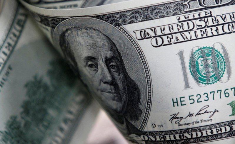 美元3日走升,受美國公債殖利率上揚激勵。(路透)