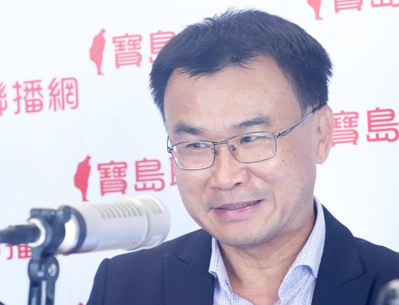 農委會主委陳吉仲今天表示,由於美國沒有開放我生鮮鳳梨輸入,但僑胞可以吃鳳梨的加工品。記者潘俊宏/攝影