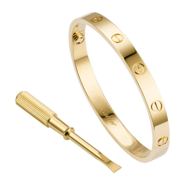 卡地亞LOVE黃K金手環,附螺絲刀,約19萬3,000元。圖/卡地亞提供