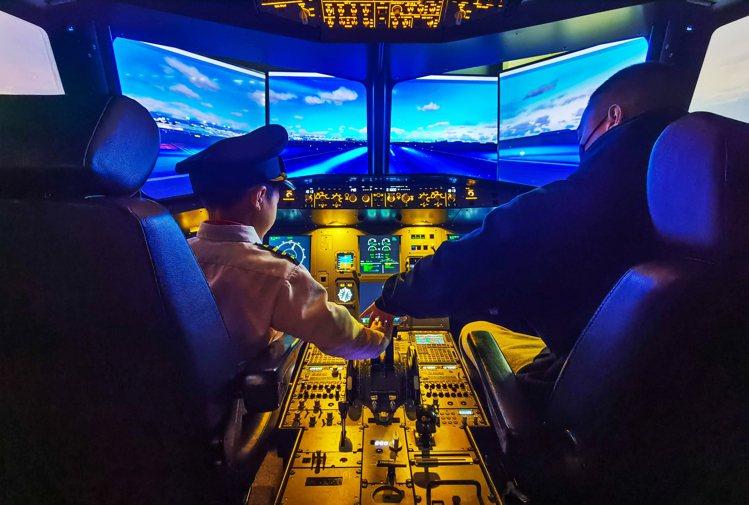 91樓iPILOT飛行體驗。圖/台北101提供