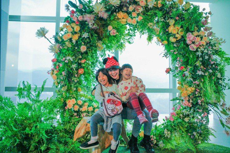 台北101觀景台89樓裝置藝術。圖/台北101提供