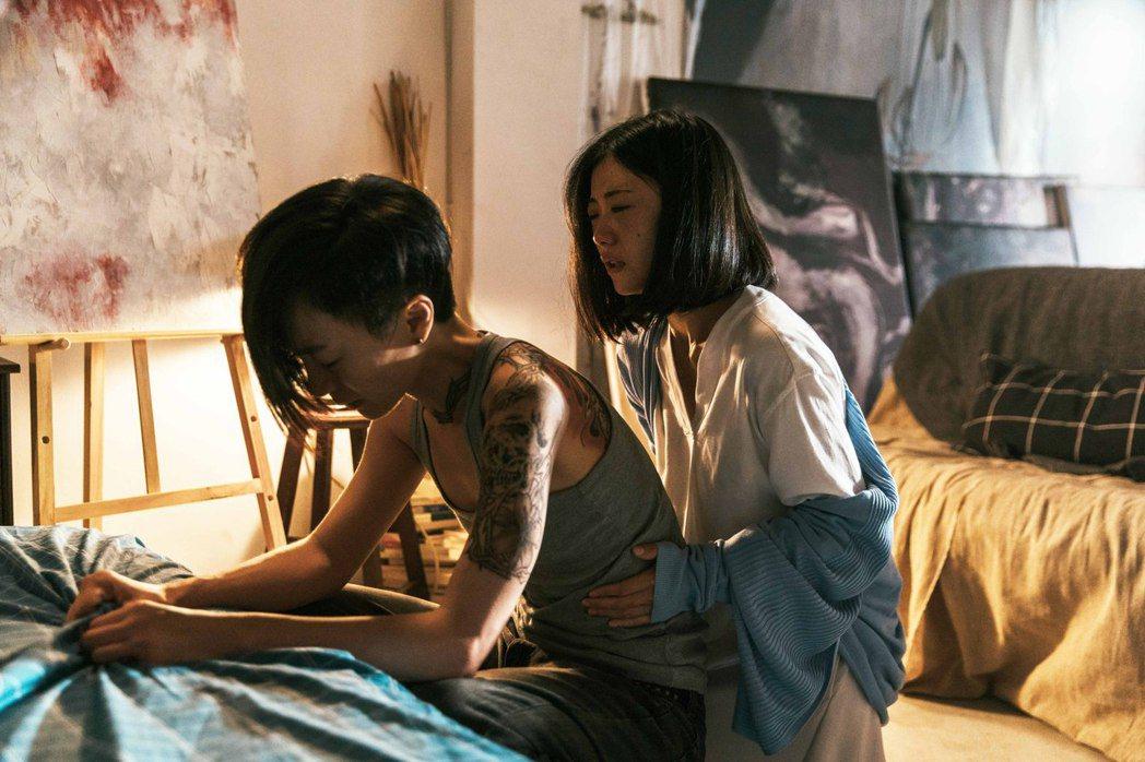陽靚(左)與翁嘉薇(右)在「愛・殺」裡有精彩對手戲。圖/金禾創意提供