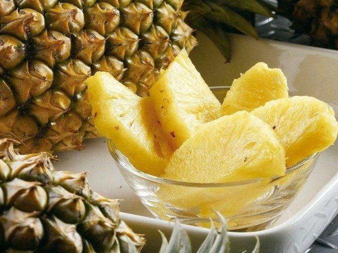 大陸宣布3月1日起,暫時停止我國生鮮鳳梨出口大陸,國內興起一股買鳳梨、吃鳳梨熱潮。圖/聯合報系資料照片