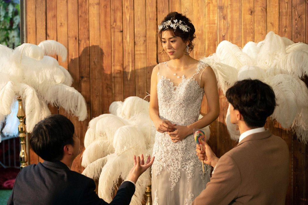 王沛語劇中被兩男求婚。圖/TVBS提供