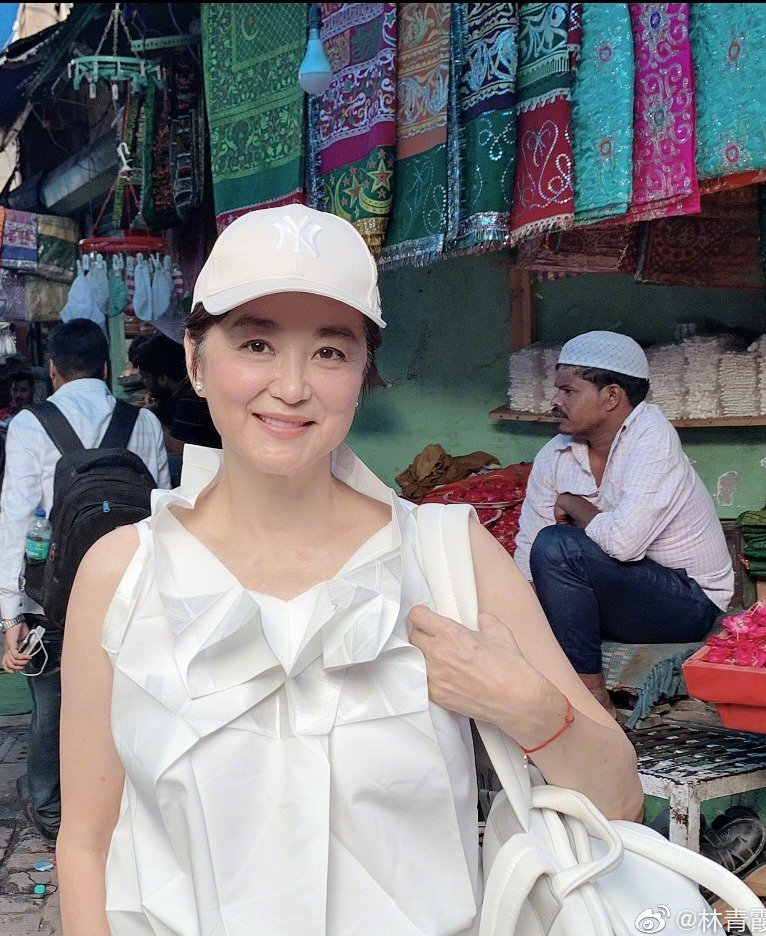林青霞自曝已接種中國科興疫苗 圖/擷自林青霞微博