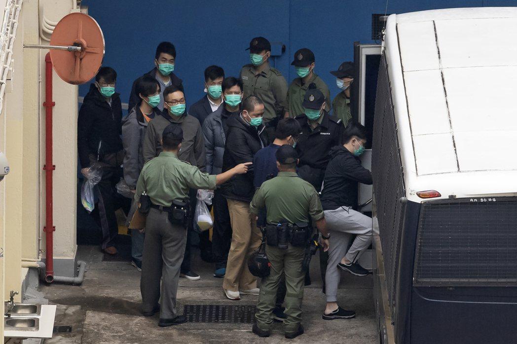 「228大檢控」案從3月1日開始審理,前後一共歷經四天的時間,當中部分被告因第一...