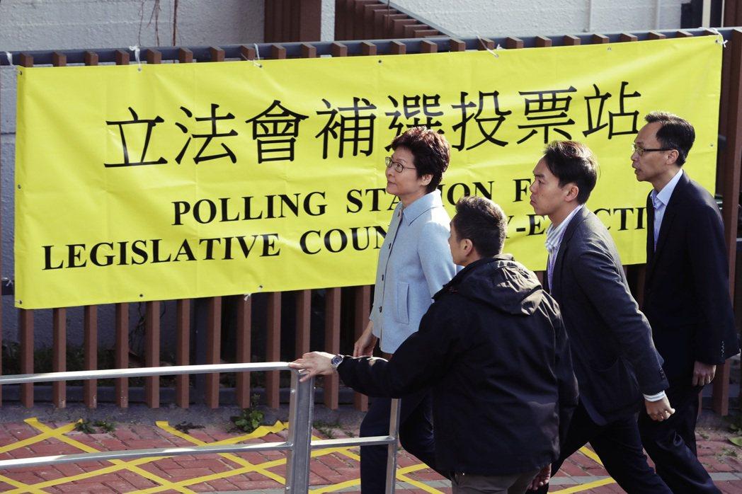 此外,選委會中原有的117個區議會席次將被拔除,在選委會的實力直接歸零。 圖/路...
