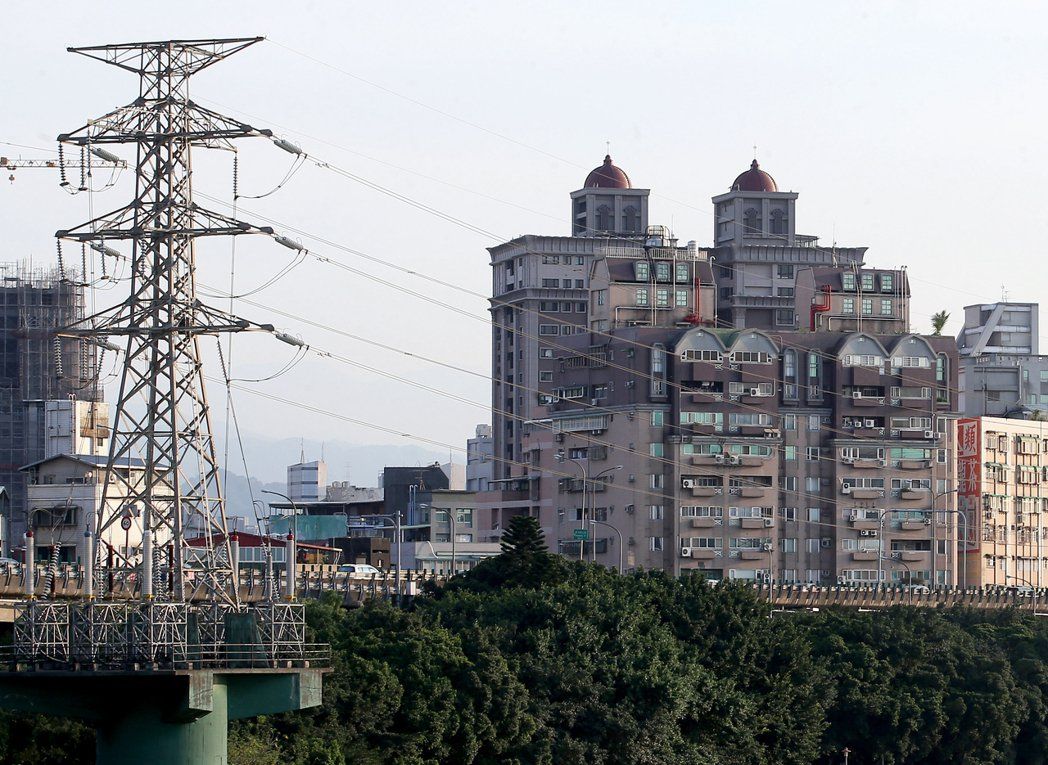 受到疫情驅使的宅經濟現象,住宅部門能源消費增加3.7%。本報資料照片