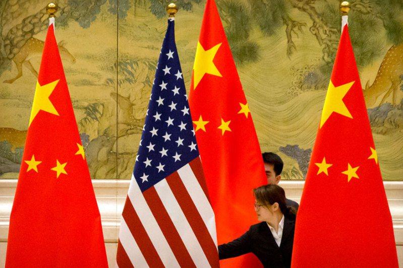 美國民調機構皮尤研究中心4日發布年度美國人對中國大陸的觀點調查顯示,55%的美國人將中國大陸視為競爭者。美聯社
