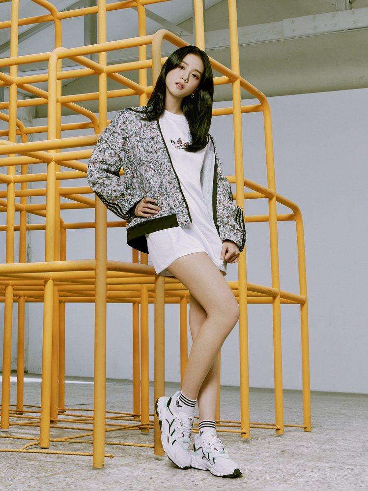 BLACKPINK成員JISOO演繹adidas Originals全新春季女生...