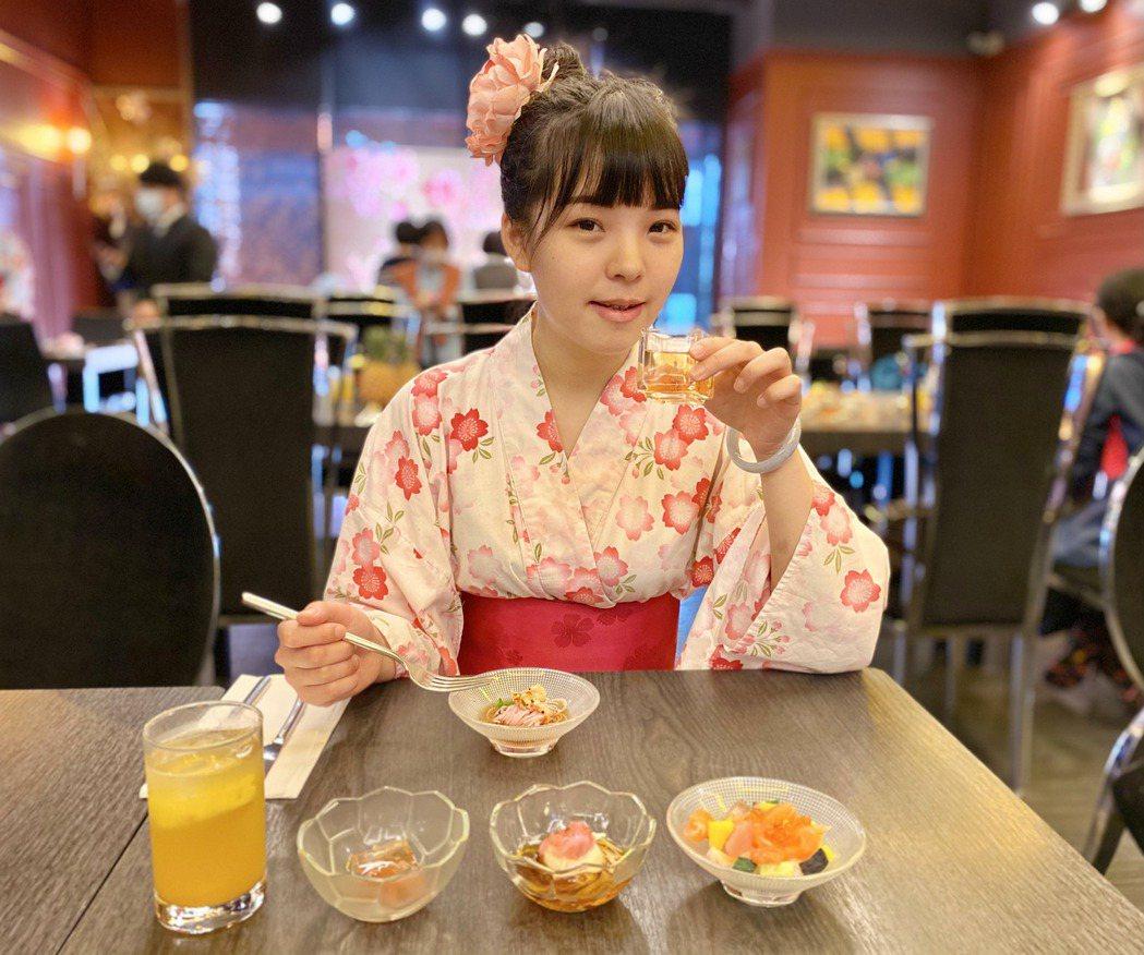 這次規劃的櫻花菜單,標榜滿滿浪漫少女情懷,口口都是櫻花香氣。記者宋健生/攝影