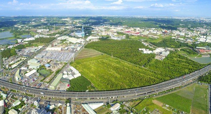 總面積74公頃的仁武產業園區有利帶動高雄產業升級轉型。 圖片提供/高雄市政府