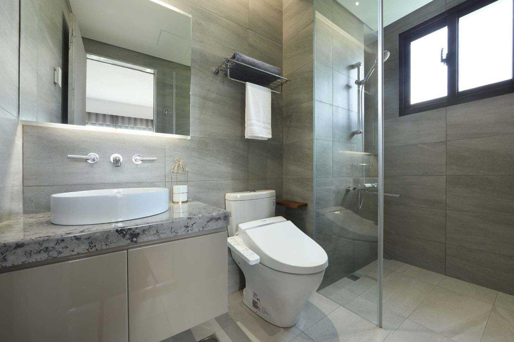 用心規劃的衛浴空間,就像是五星級飯店般精緻優雅。