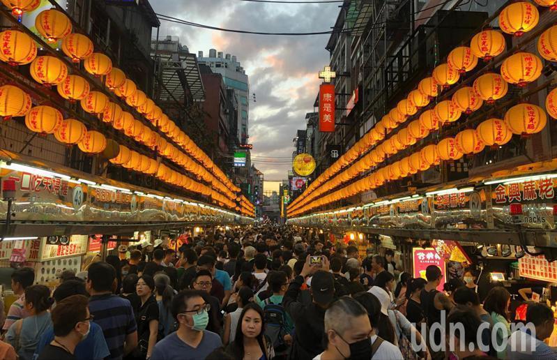 有美食王國之稱的台灣,是吸引許多外國遊客來台觀光的誘因之一。 圖/聯合報系資料照