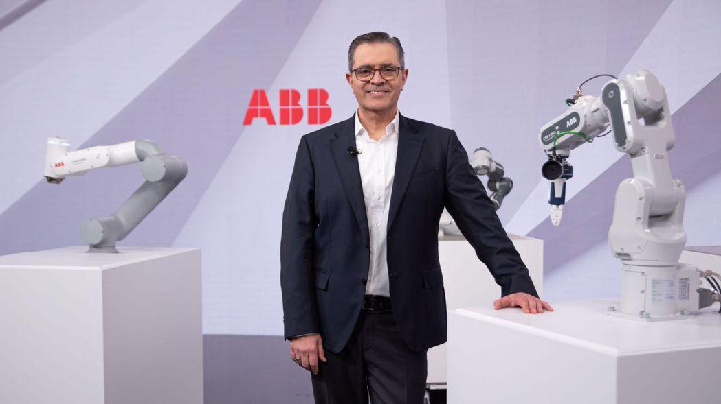 ABB於2021年2月24日於瑞士蘇黎世,由ABB機器人與離散自動化事業部總裁S...