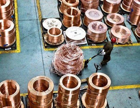 最大銅消費國大陸的銅精礦現貨加工費5日跌至逾10年來最低。(圖/取自新浪網)
