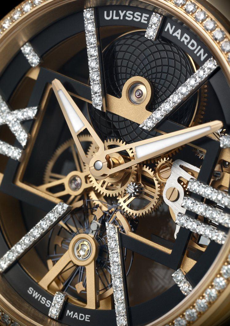 鏤空的UN-371機芯再於羅馬數字時標上鑲嵌以鑽石,展現機芯的閃耀與精妙。圖 /...