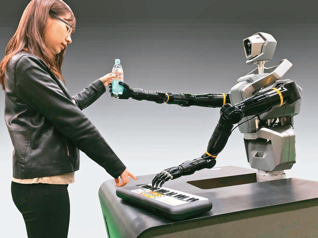 CES 2021今年聚焦在疫後「新常態」的創新應用,大多數新產品、新技術都環繞著...