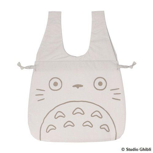 龍貓束口型托特包,590元。圖/橡子共和國提供