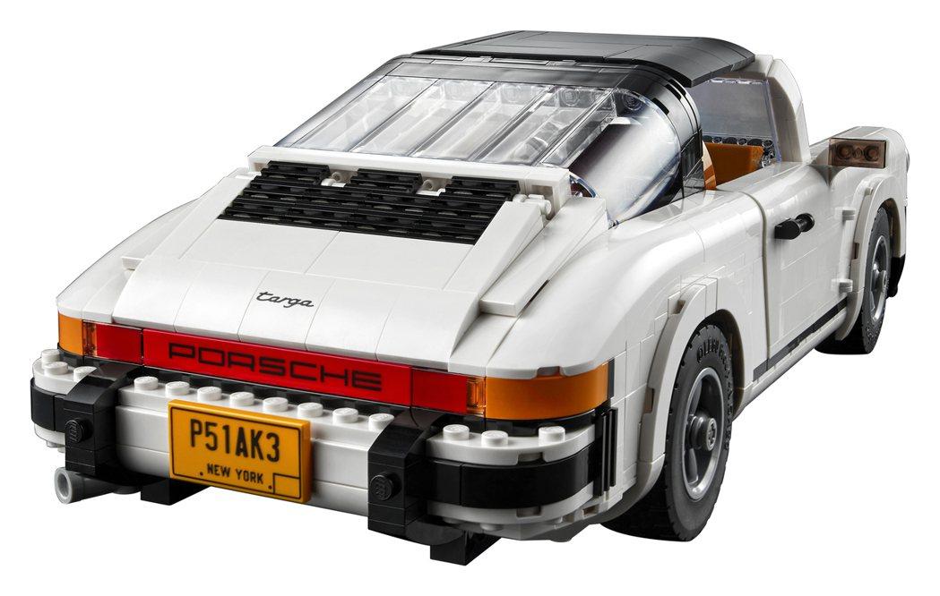 Targa經典的車尾線條設計。 圖/LEGO提供