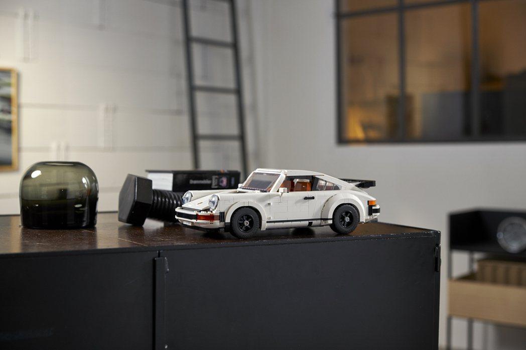 LEGO 保時捷 911 Turbo車型。 圖/LEGO提供
