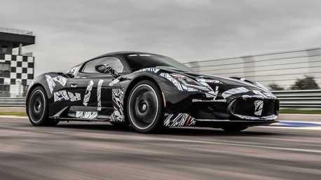 新世代海神超跑Maserati MC20賽道測試中!