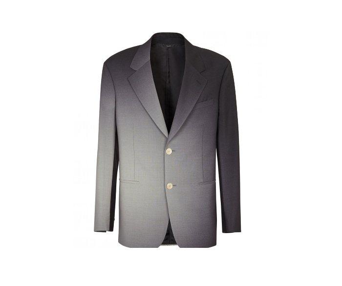 FENDI渲染效果西裝外套/86,900元。圖/微新聞提供