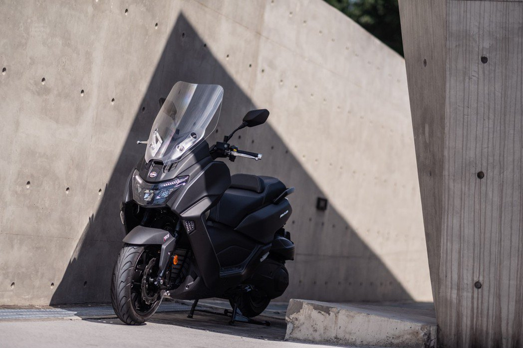 兼具性能與舒適性的MAXSYM 400一推出即成為車市焦點。 SYM/提供