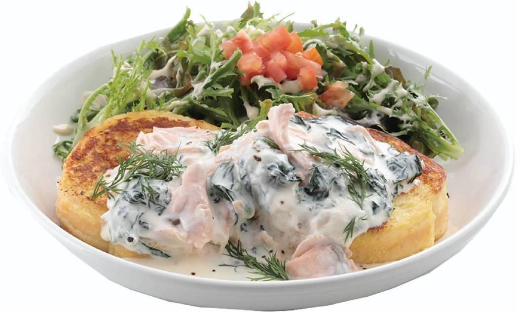 奶油菠菜燻鮭魚法式吐司。