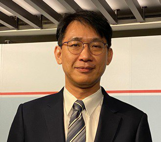 南山產險董事長蔡漢凌表示,保險邁入3.0時代,可以有無限的想像空間。記者陳怡慈/攝影