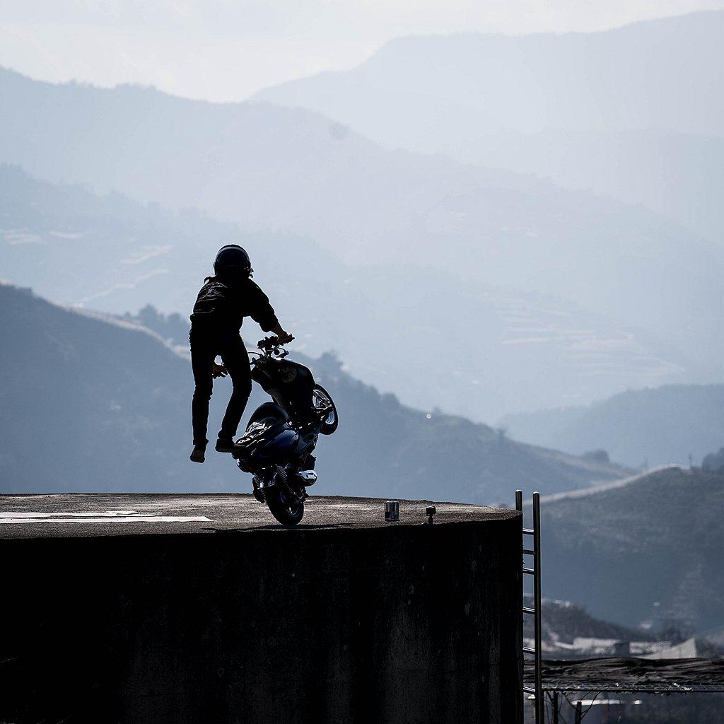 此趟挑戰最艱難的任務則是選在位於武陵農場與梨山之間,周圍遍佈3000公尺以上山岳...
