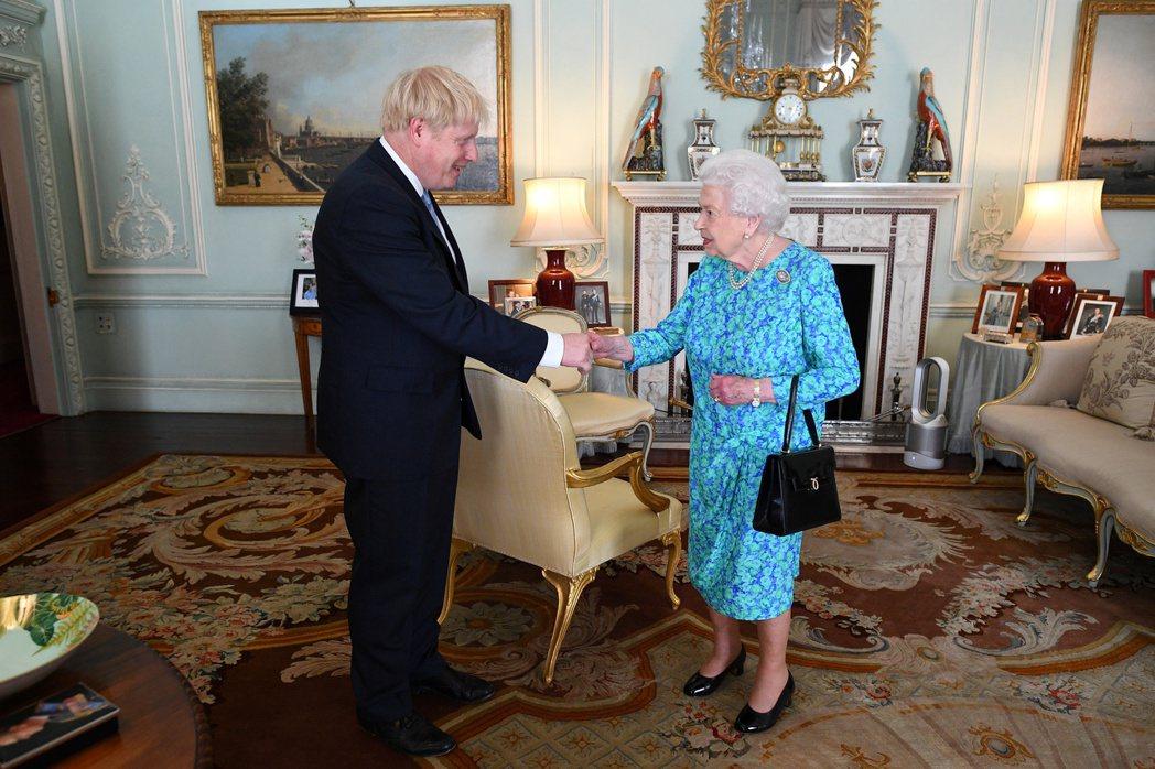 本次專訪中,其他像是被哈利風暴拱出來回應的英國首相強生(Boris Johnso...