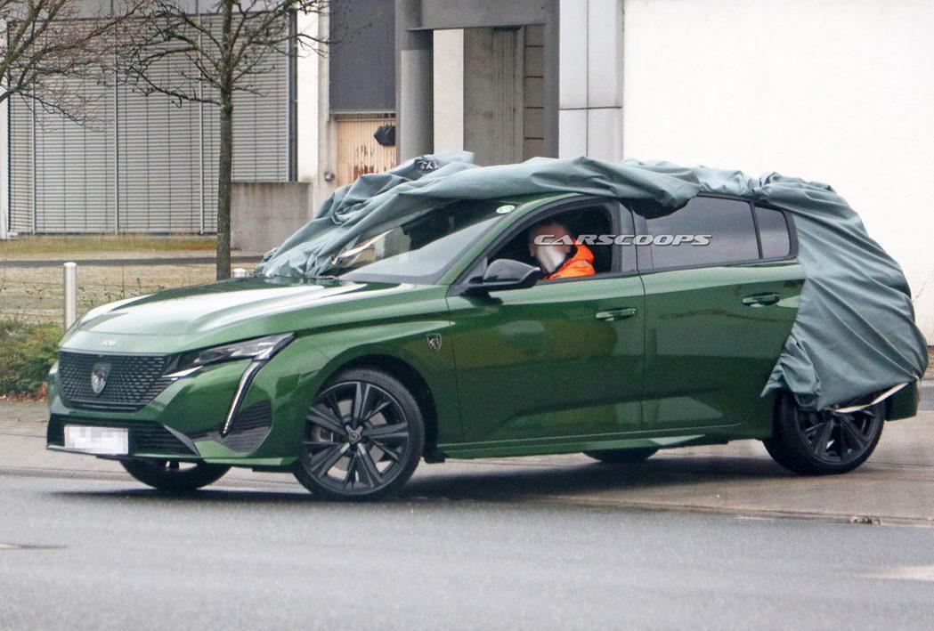 大改款Peugeot 308換上了品牌全新廠徽! 摘自Carscoops