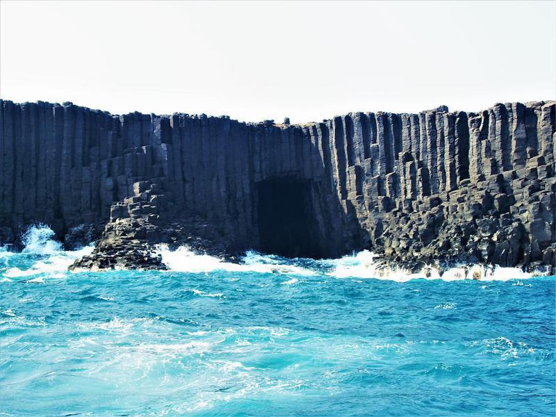 ▲澎湖秘境景點推薦-藍洞。 (圖/Tripbaa趣吧!自由行專家)