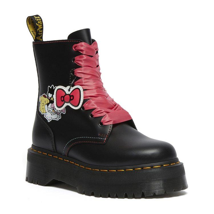 Dr. Martens三麗鷗聯名系列厚底JADON靴8,680元。圖/Dr. M...