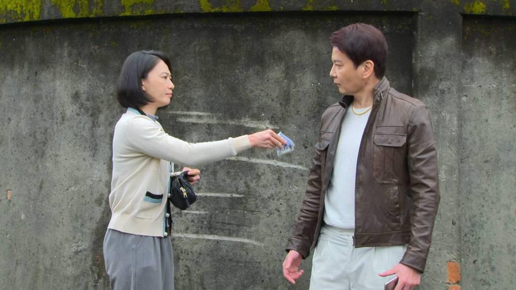 倪齊民加入「多情城市」,初登場和侯怡君對手戲相當逗趣。圖/民視提供