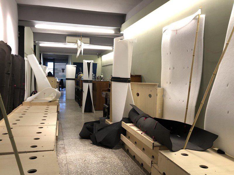 「成忘老太太雜貨鋪」不賣東西,是藝術家湯皇珍對外開放的工作室。記者何定照/攝影