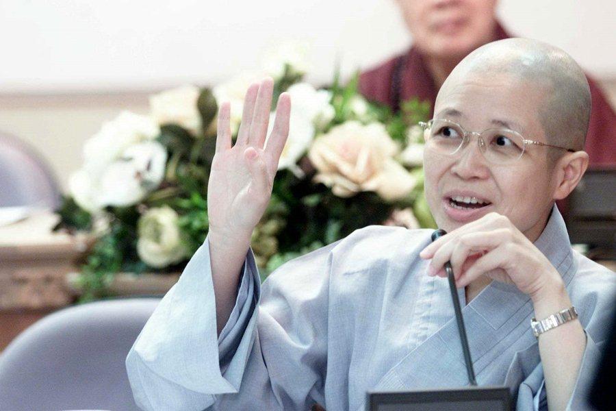 日前,日本庭野平和基金會宣布,第38屆和平獎頒給台灣的釋昭慧法師。圖攝於2001年。 圖/聯合報系資料照