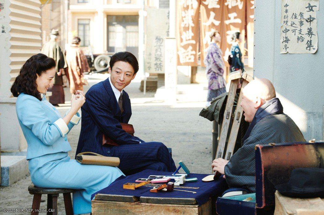 《間諜之妻》黑澤清「最好的電影」奧斯卡影后凱特布蘭琪盛讚。可樂提供
