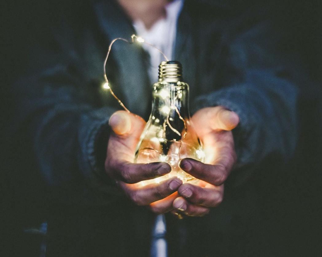 IEA「以人為核心」的轉型倡議,再次提醒我們能源發展過程必須顧及所有人群權益。 ...