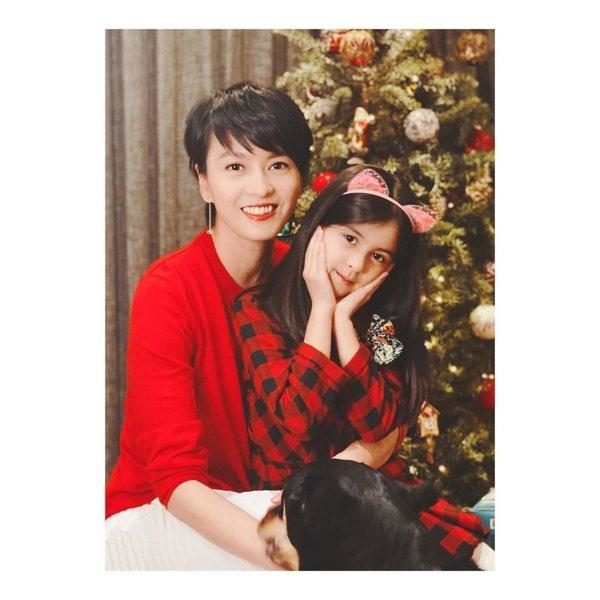 梁詠琪與女兒Sofia。 圖/摘自梁詠琪IG