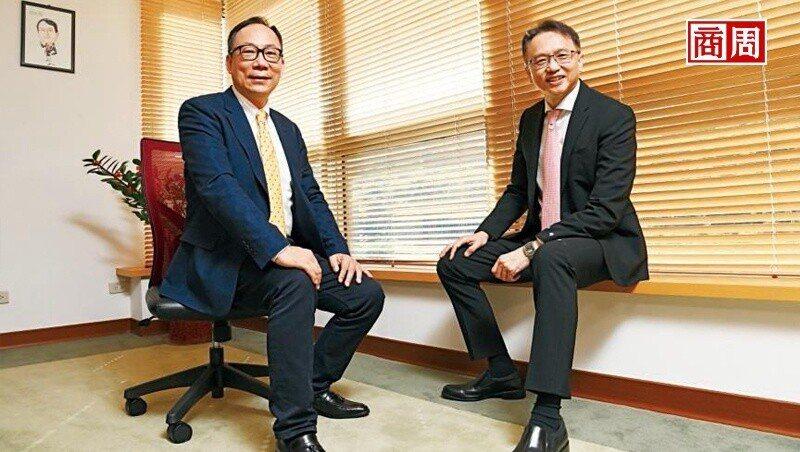 宏碁董事長陳俊聖(右),每季都會跟林佳璋主持一次溝通會。(攝影者.程思迪)
