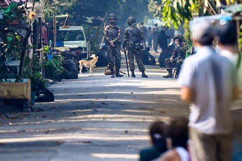 2021年2月1日清晨,緬甸軍方發動政變。隨著雙方衝突持續升級,大部分以緬族為主...
