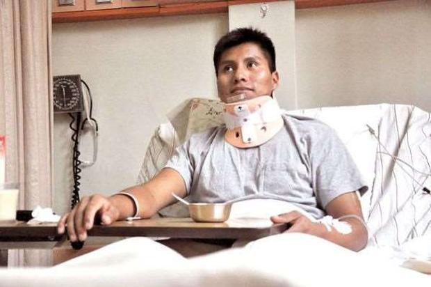 玻利維亞日前發生一起嚴重車禍,共釀21死13傷,其中一名生還者圖米里被發現早在5年前,就曾逃過一場71死的空難。圖翻攝自《光華網》