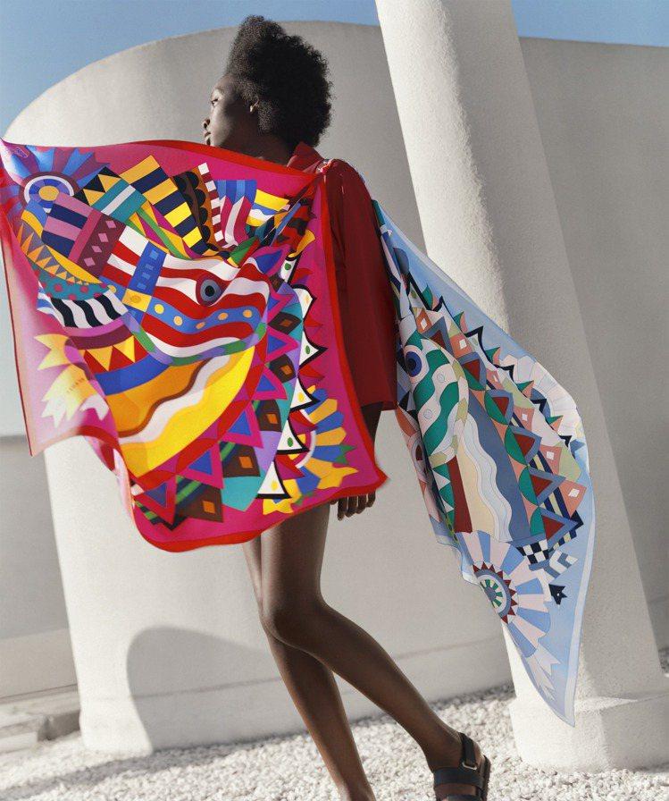 愛馬仕的絲巾因為尺寸選擇豐富,網羅各種大小,最大到140 x 140公分,所以變...