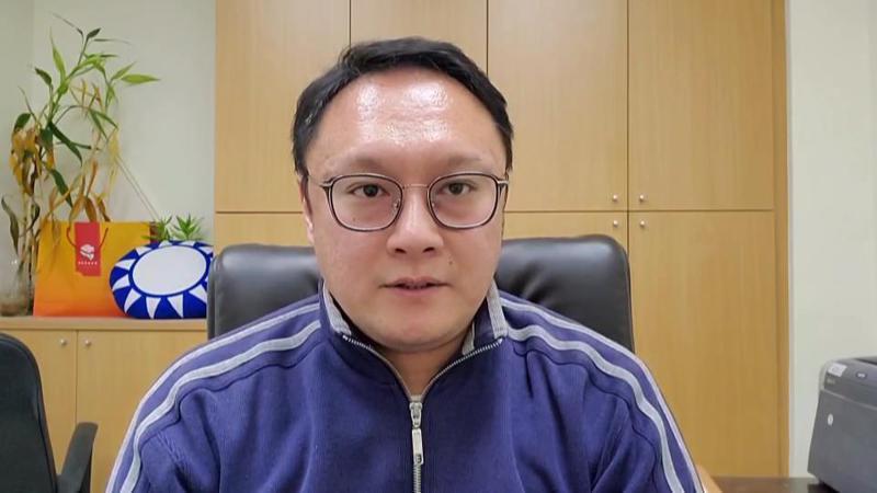 國民黨文傳會副主委鄭照新。圖/翻攝鄭照新臉書