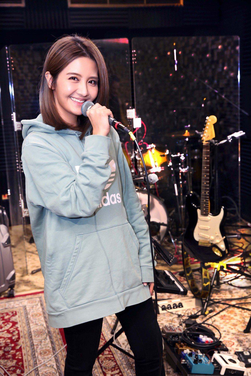 李宣榕今為音樂會練團,並宣布邀來同門師兄曾昱嘉擔任嘉賓。圖/福茂唱片提供